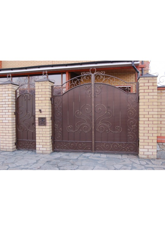 Купить Кованые ворота с калиткой - Авторские работы (Артикул 166)