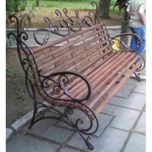 Скамейки и лавки