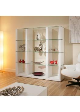 Стеклянные шкафы и стеллажи