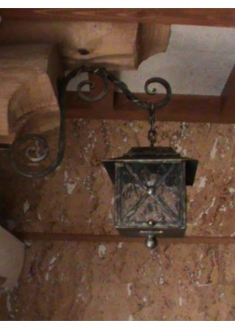 Светильники кованые